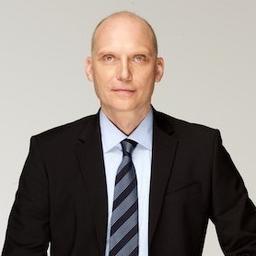 Dr. Patrik Gröhn