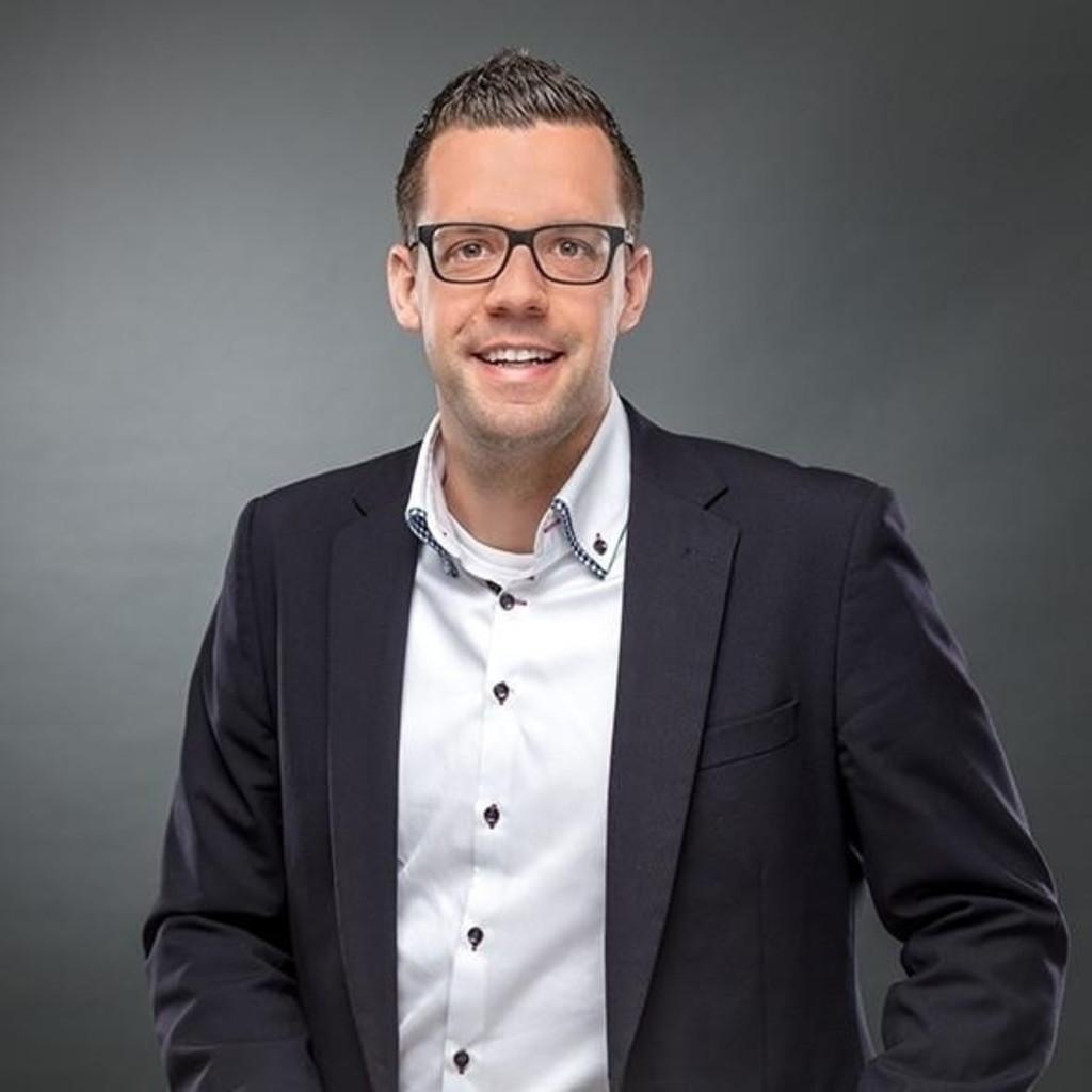 Philipp Möhle - Regionalverkaufsleiter - WINI Büromöbel Georg ...
