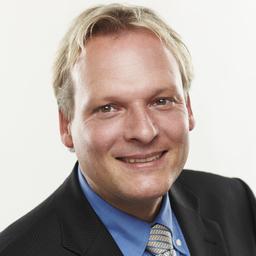 Prof. Dr. Martin Ahlert