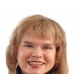 julie walraven career marketing strategist