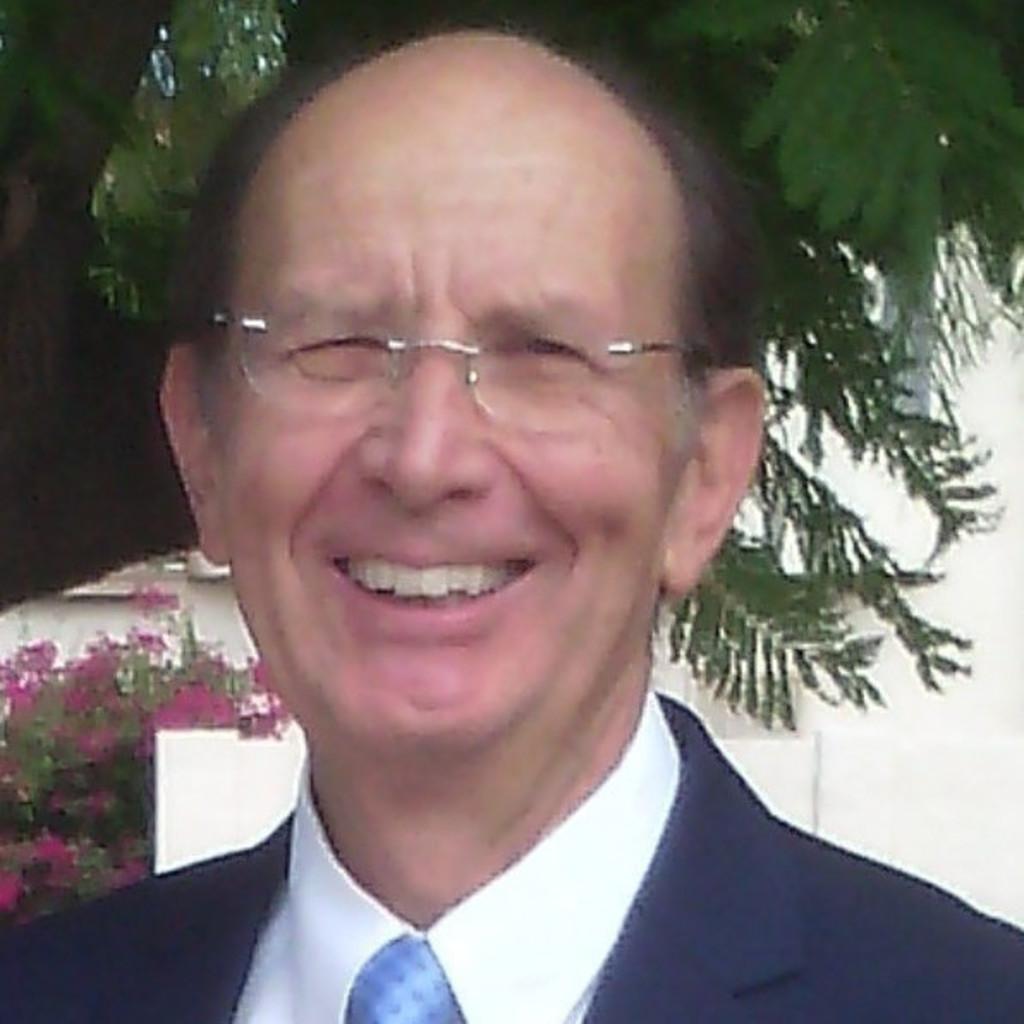 Dr. Lloyd Brimhall's profile picture