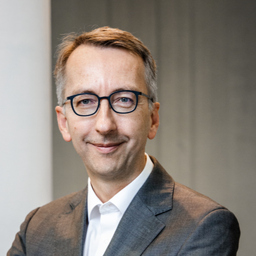 Jürgen Lux - BearingPoint GmbH - Frankfurt am Main