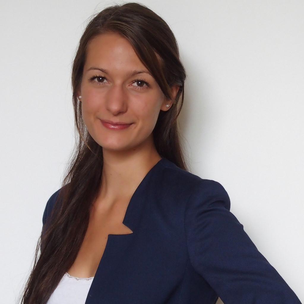Anna Schneider