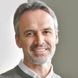 Dr. Gordon Koell
