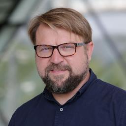 Christoph Emde - Dr. Ing. h.c. F. Porsche AG - Stuttgart