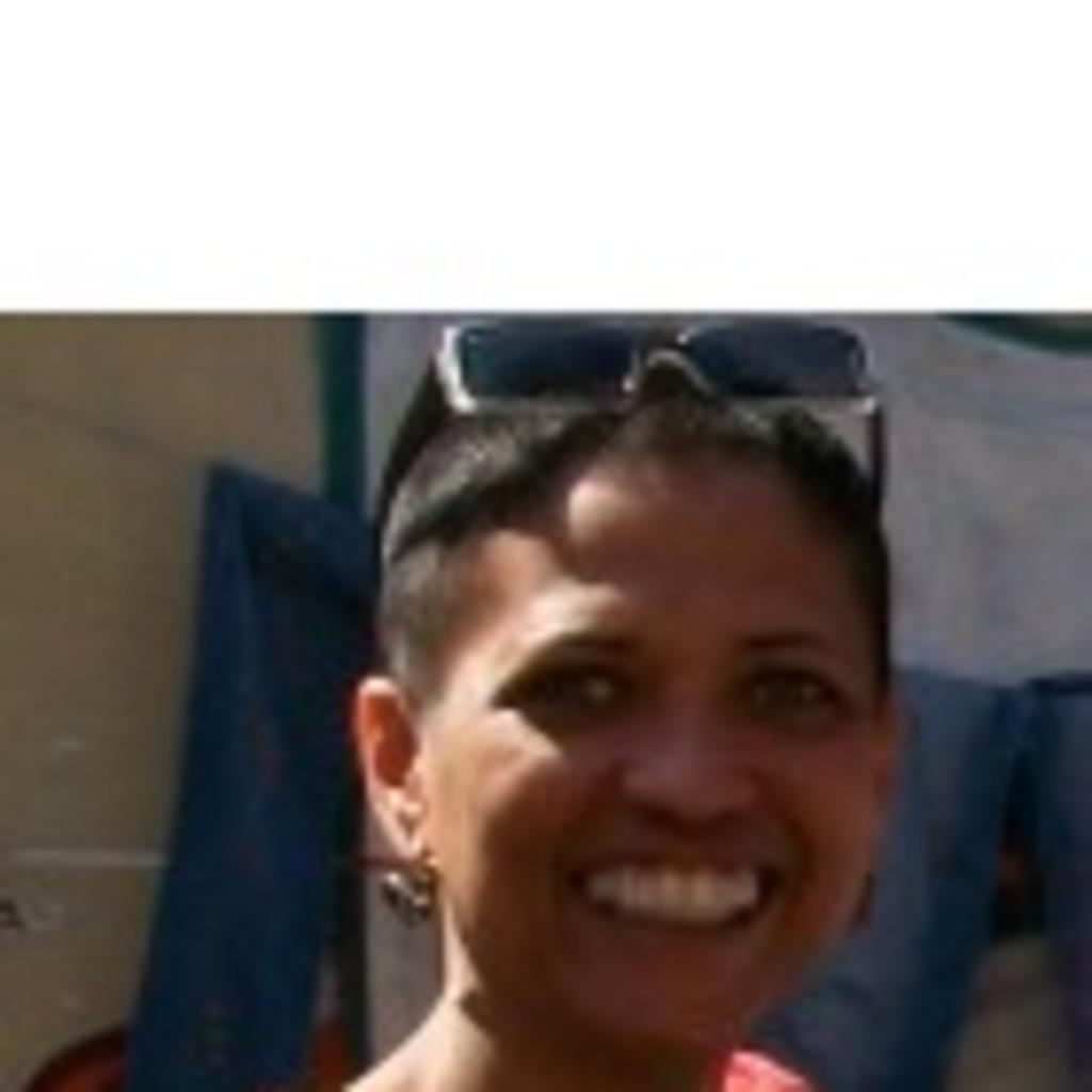 Claudia Muniz