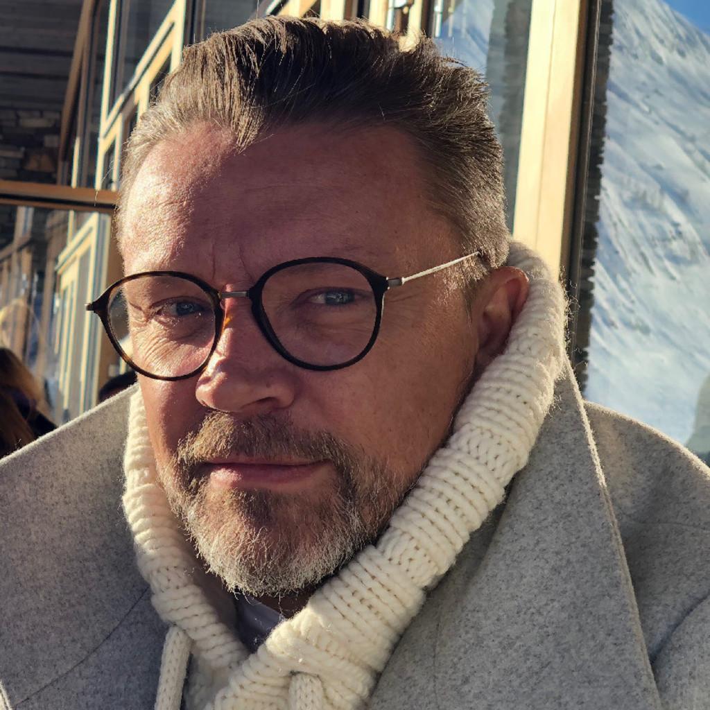 Florian studer dipl innenarchitekt for Suche innenarchitekt