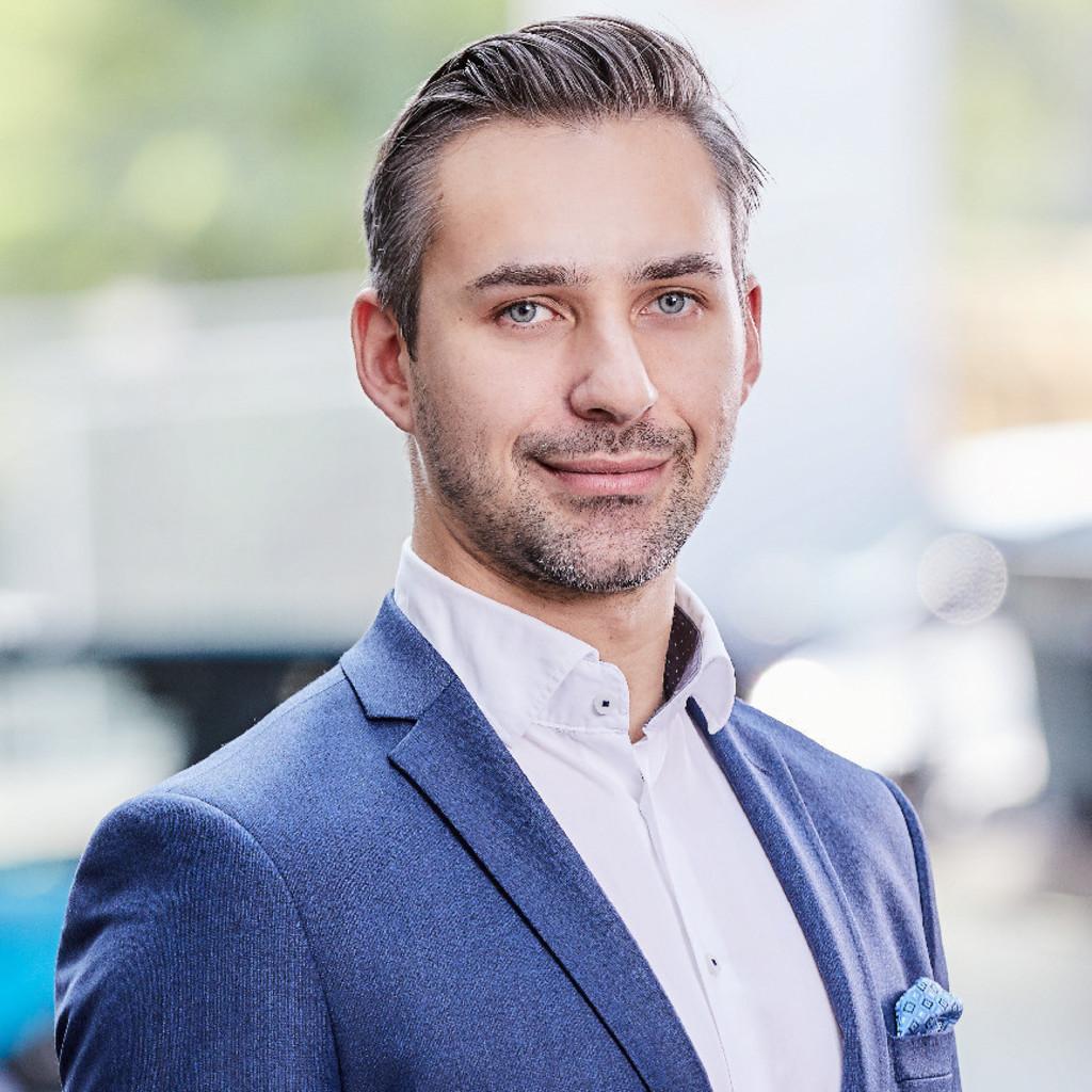 Tobias Staszak - Customer Concierge - Porsche Niederlassung Hamburg ...