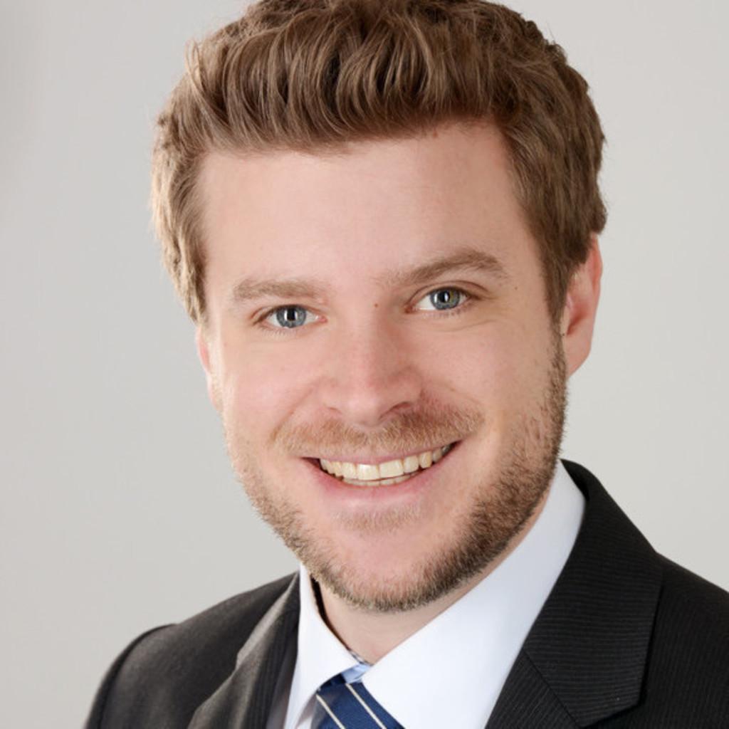 Tobias fuchs junior consultant ketchum pleon emanate for Junior consultant