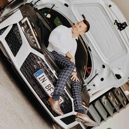 ronald hotz verkauf audi neu gebrauchtfahrzeuge. Black Bedroom Furniture Sets. Home Design Ideas