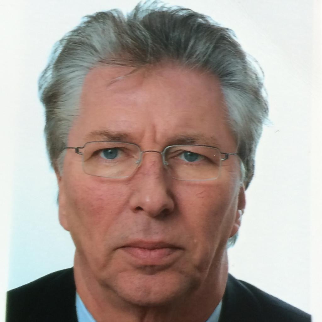 Leo Hessling Geschäftsführer Seit 10709 Im Ruhestand