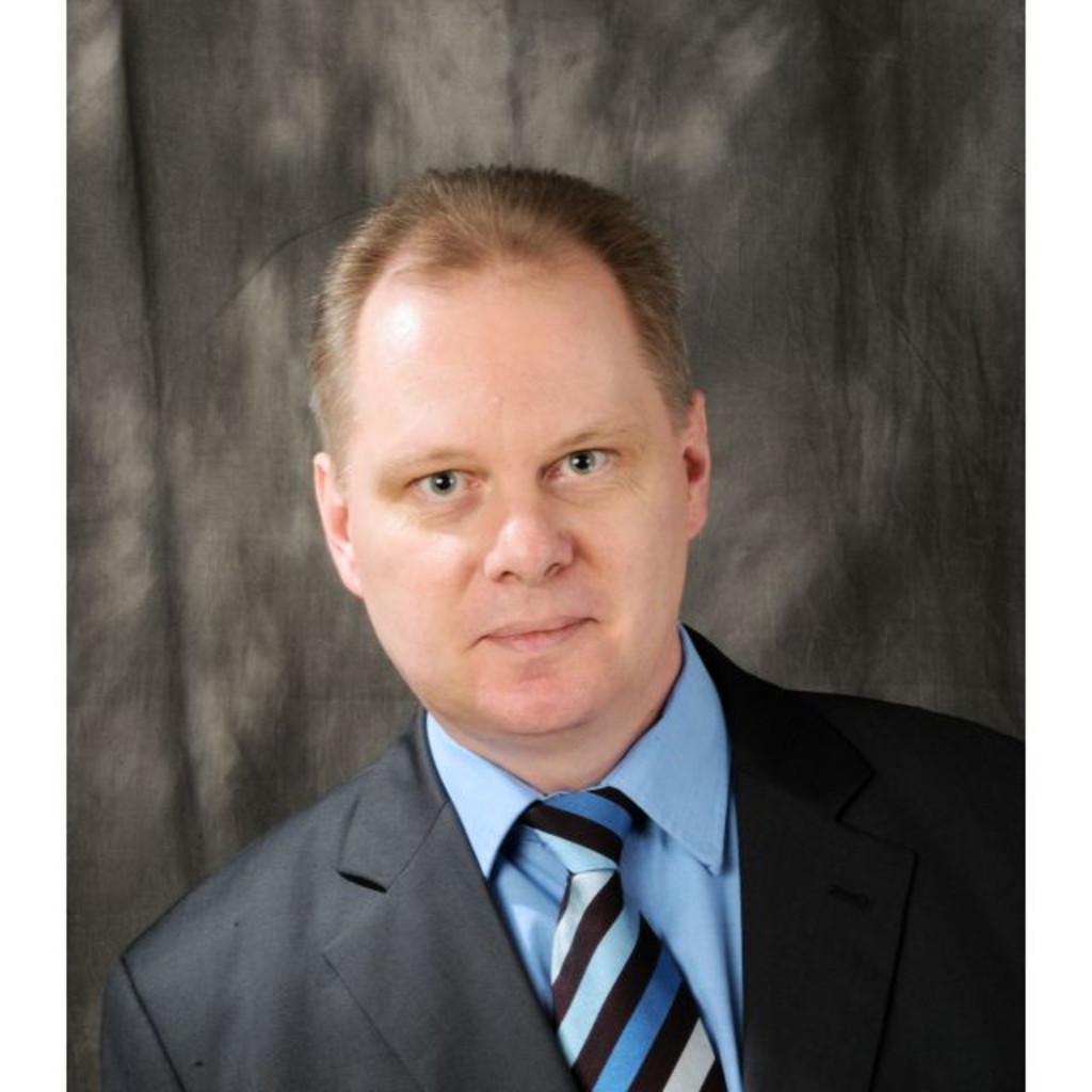 Dr stefan koch vice president global sales head of for Koch maschinenbau