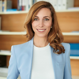 Melanie Hoppen - adesso insurance solutions GmbH - Köln