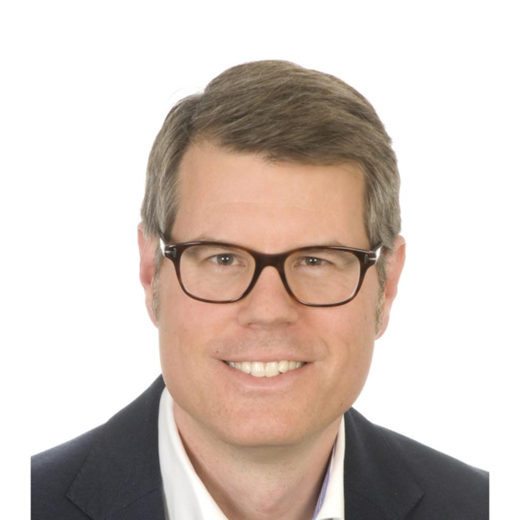 Stephan kaufmann jurist und abteilungsleiter for Juristischer mitarbeiter