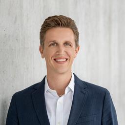 Adrian Lutz's profile picture