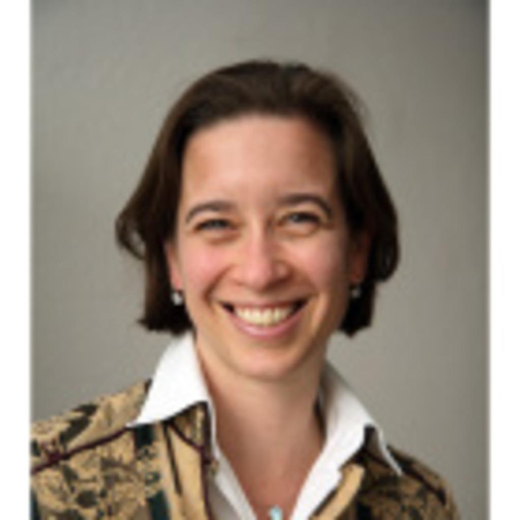 Dr Bettina Von Jagow Ceo My Finance Coach Stiftung