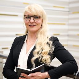 Olga Pes - PATRIZIA AG - Augsburg