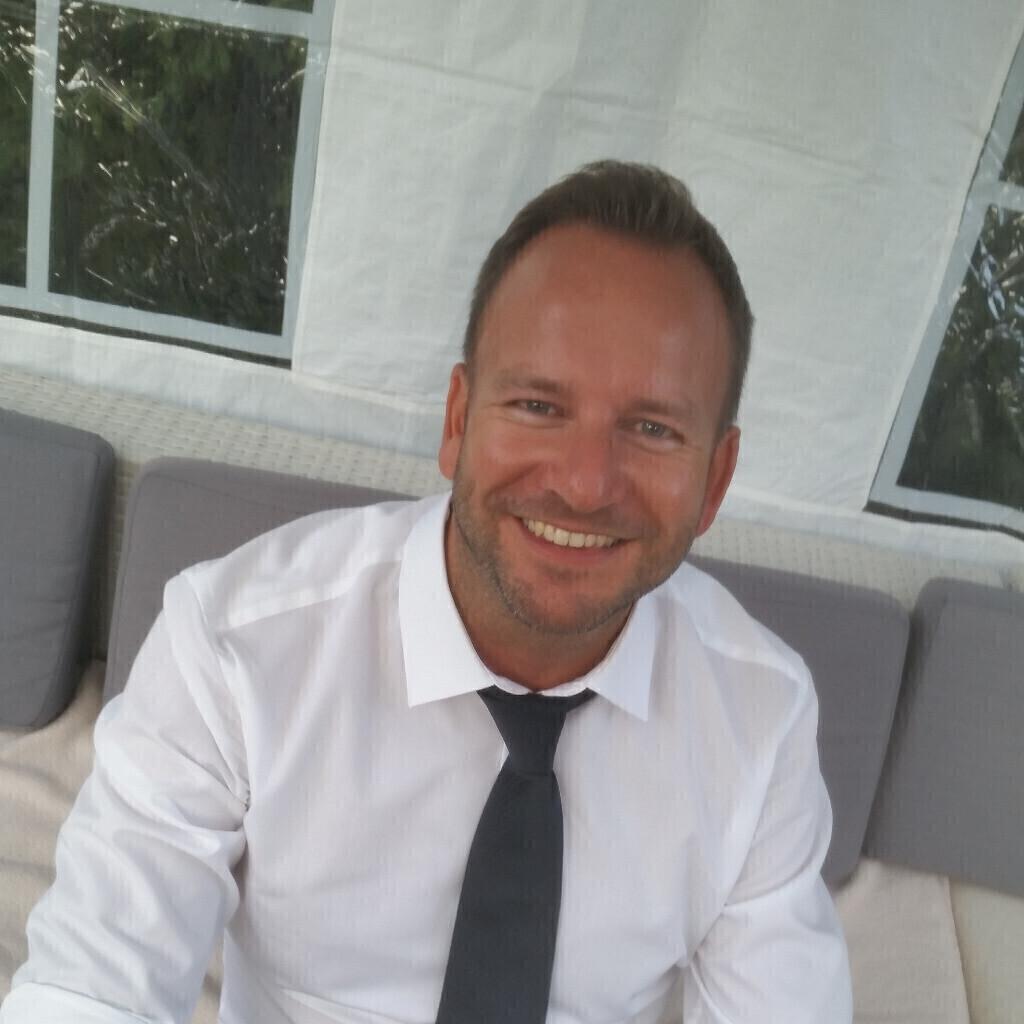 sascha last abteilungsleiter vertrieb immobilien service deutschland xing. Black Bedroom Furniture Sets. Home Design Ideas