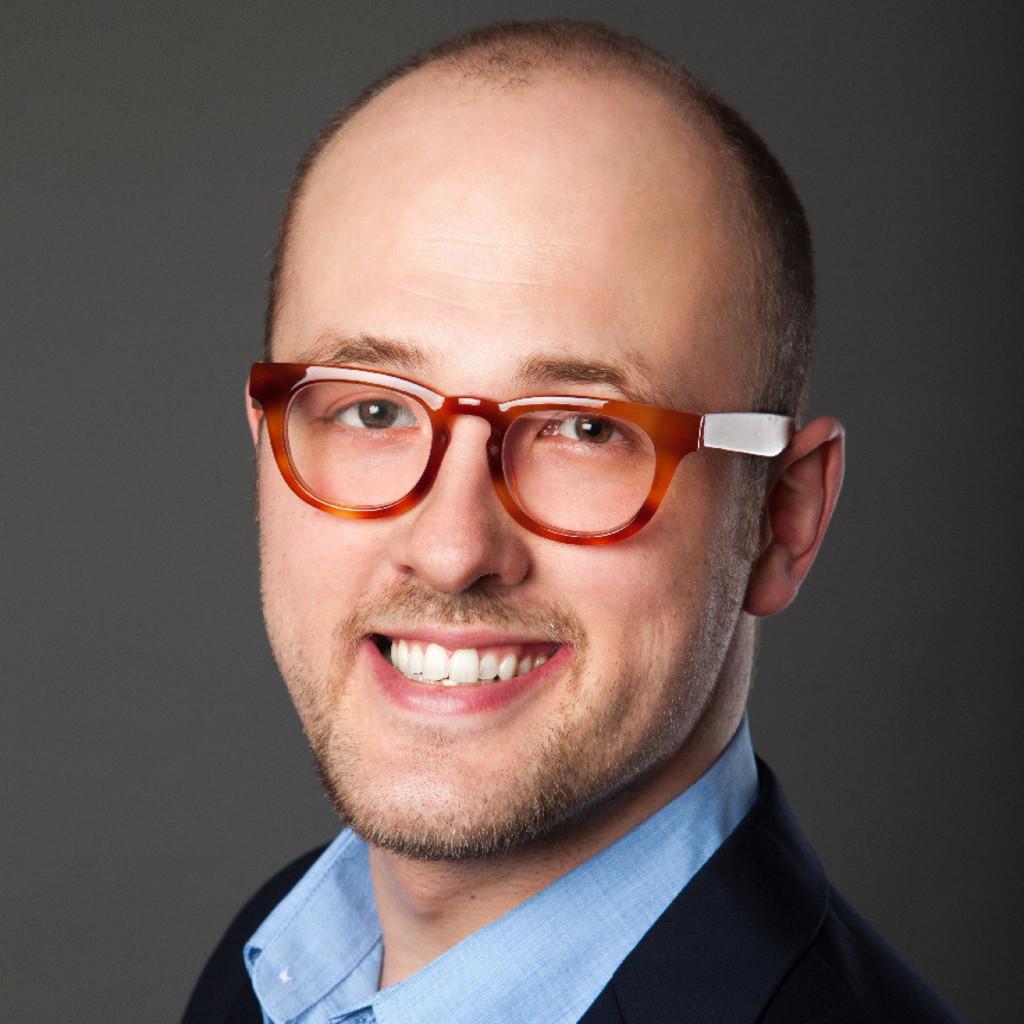 Jan Hoppe - stellv. Schulleiter - Akademie für Pflege   XING