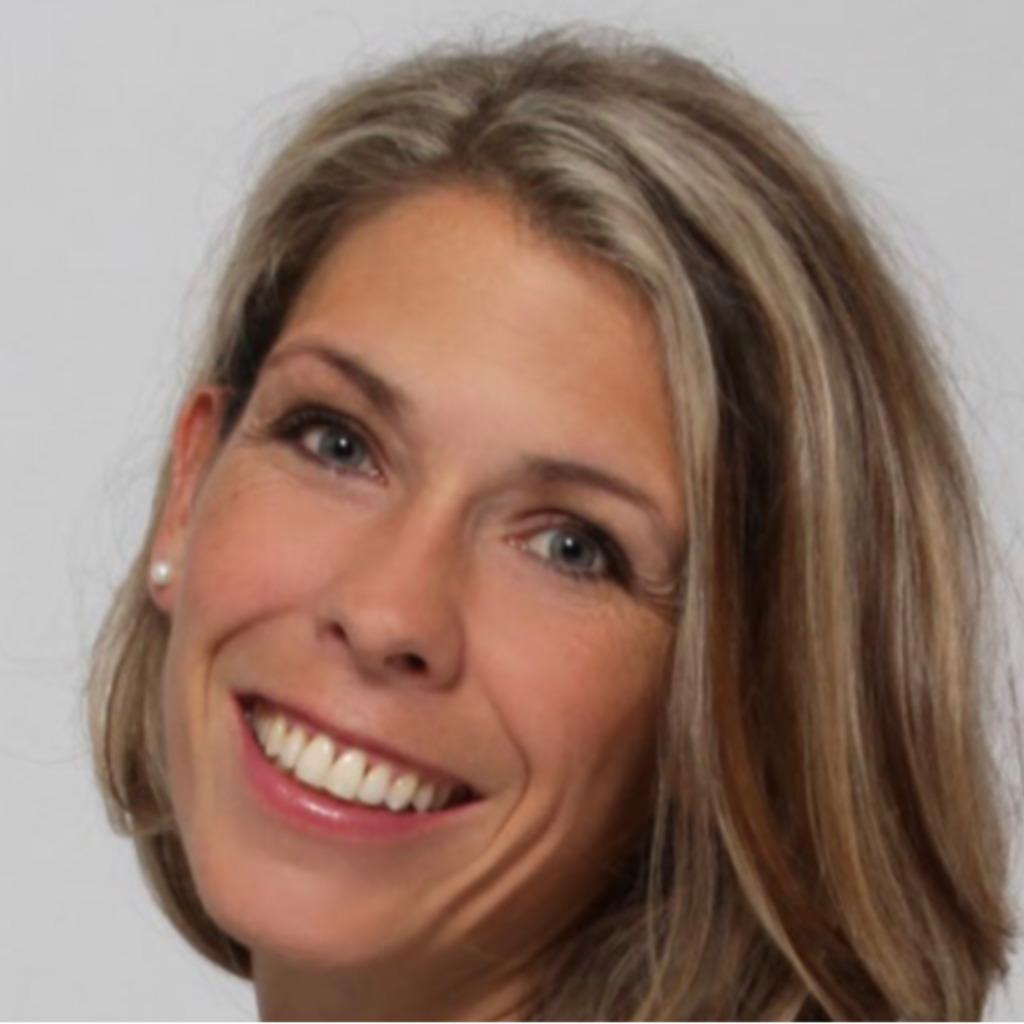 Loreen Schmidt Kundenbetreuer Mid Ocean Brands Xing