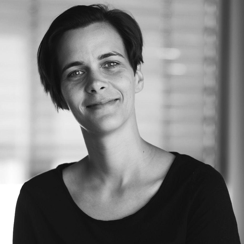 Claudia kuprat art director thjnk berlin xing for Art director jobs berlin