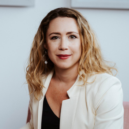 Iris Zeppezauer - SEKUNDE EINS e.U. - Linz