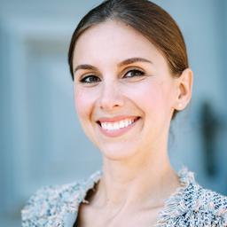Laura Klimecki - RE/PRESENT - München