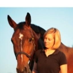 Sarah Gerke - Osteopathie für Pferd&Hund - Kreis Lippe