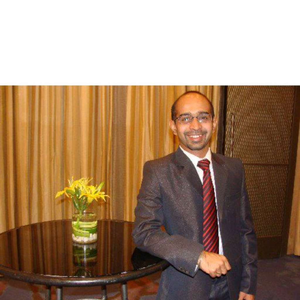 Priyesh Pradhan Manager Raheja Qbe General Insurance