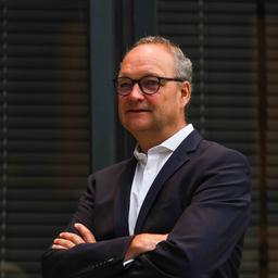Dr Bernd Büker - DIEBOLD NIXDORF - Paderborn