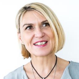 Christa Wilhelm