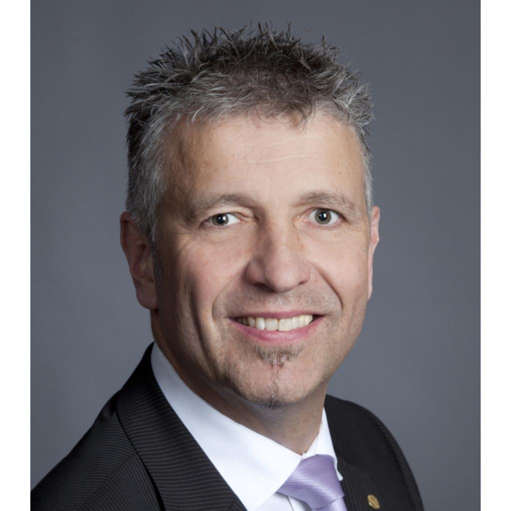 Martin van moll m a spezialist viverio gmbh xing for Innendekoration vankann gmbh