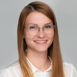 Annika Huth - ad pepper media GmbH - Nürnberg