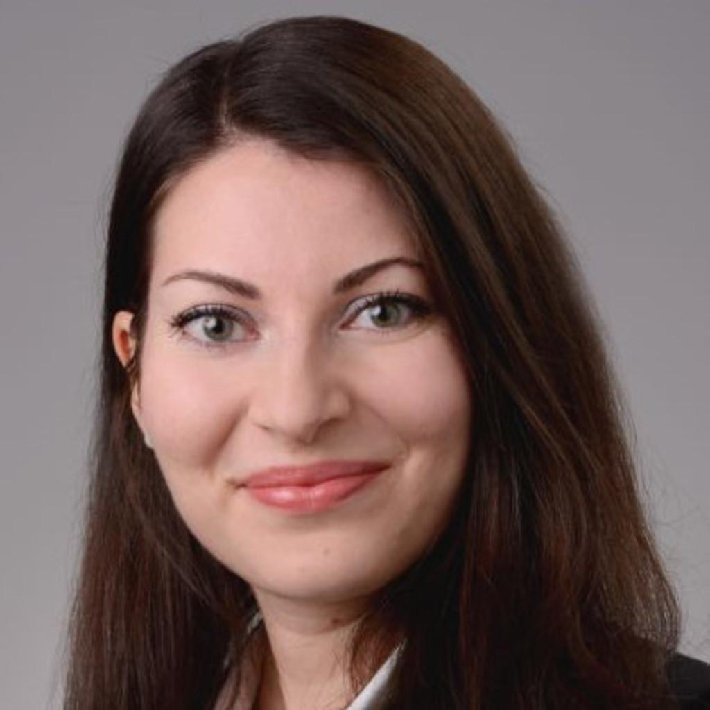 <b>Maria Wolf</b> - Referentin Information Model &amp; Delivery Process - Deutsche ... - maria-wolf-foto.1024x1024