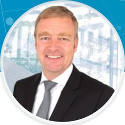 Oliver Becker - Senator Executive Search Partners - München