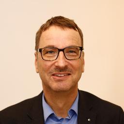 Thomas H. Dalla Vecchia - Procurement Partner AG - Bern
