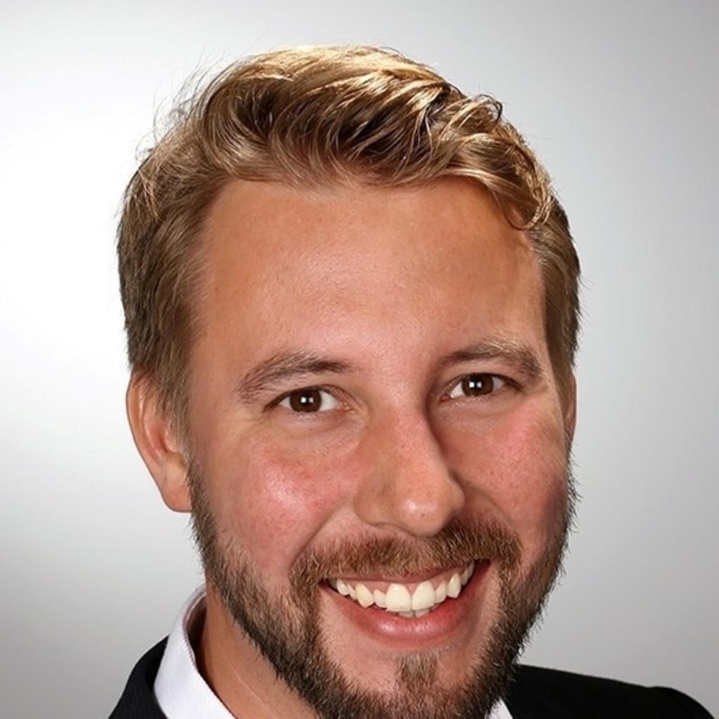Frederik golze gebietsverkaufsleiter gastronomie for Cramer hamburg