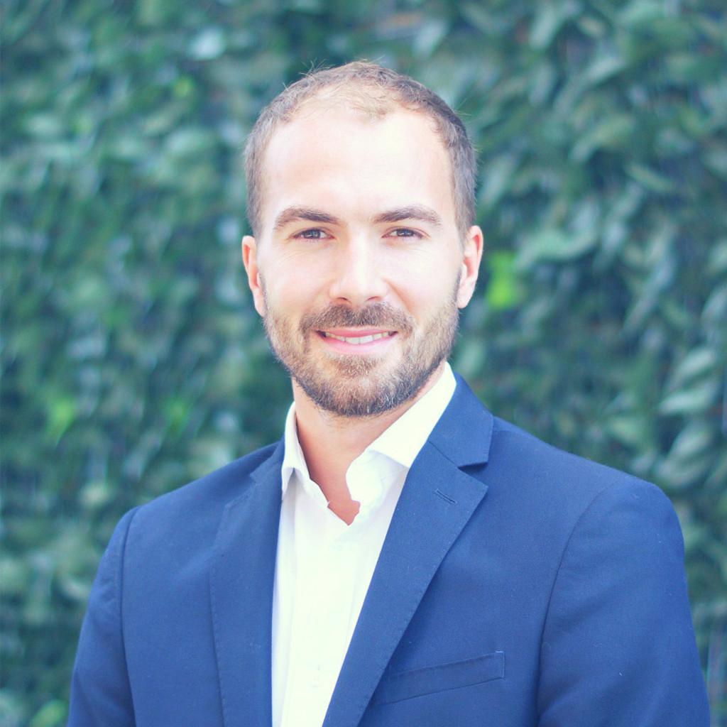 Christopher Morillon - Director, Big Data Analytics, DACH - DATA ...