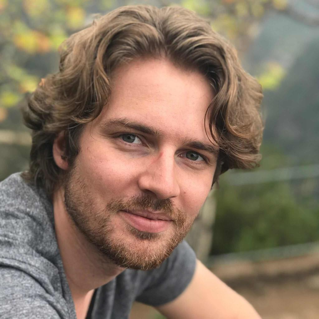 Dennis Nicolas Perzl