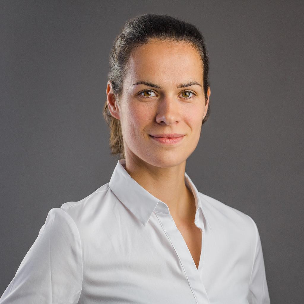 Katharina Klement Filmscript - Fahrspuren