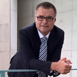 Prof. Dr. Claus Hüsselmann - Technische Hochschule Mittelhessen - Friedberg
