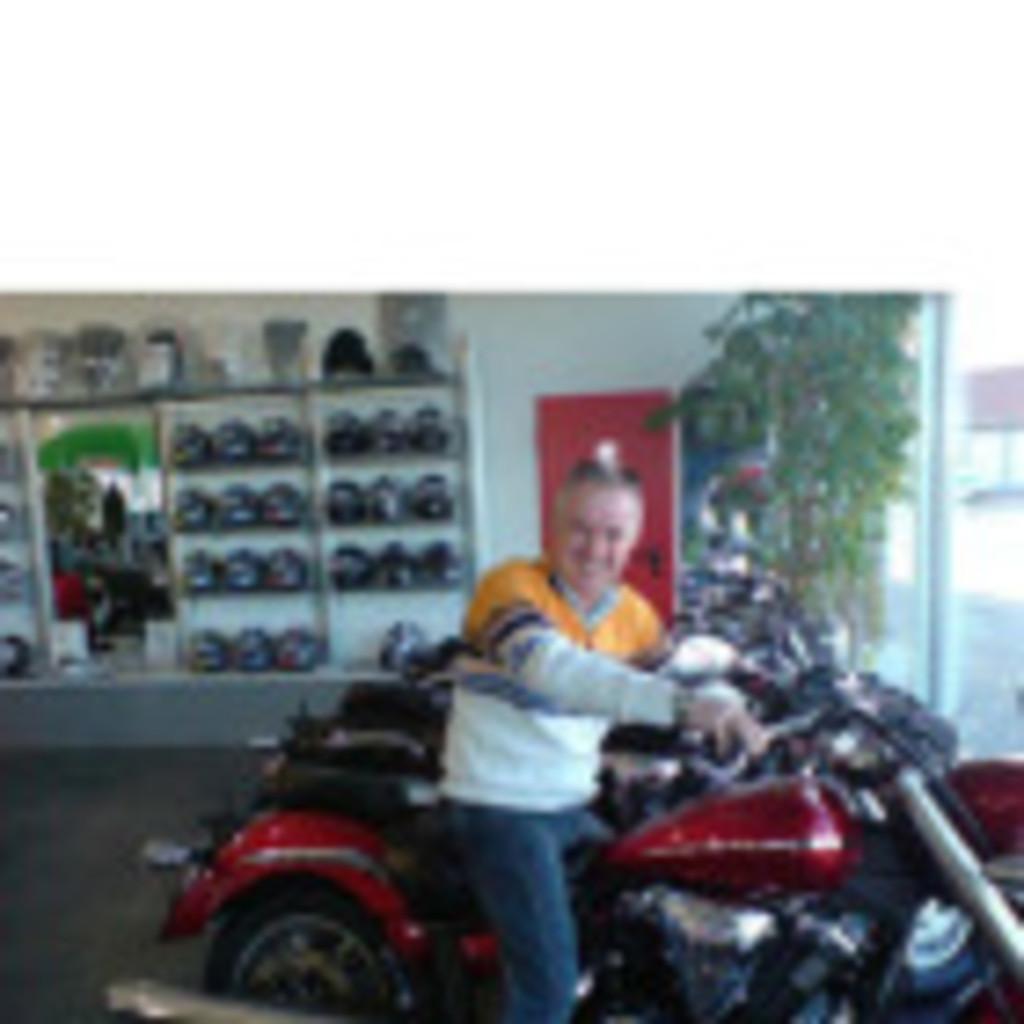 Jakob Schilling - Partner/Teilhaber - JS-Handels GmbH Motorrad | XING
