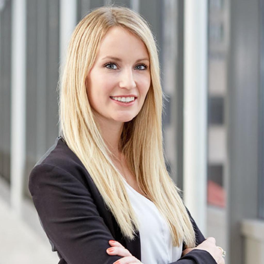 sophie strenge - associate director  institutional sales etf  indexing  u0026 smart beta