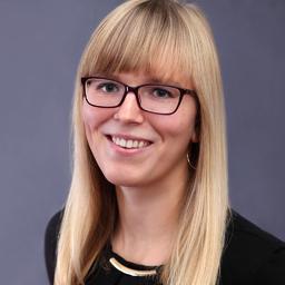 Julia Benson's profile picture