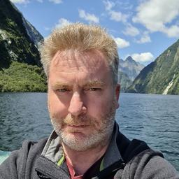 Dr. Alastair Naughton