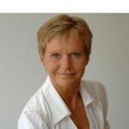 Susanne Tönnesmann - The Convention Circle - Düsseldorf