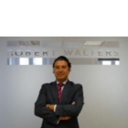 Raul Herrero Barriuso - ROBERT WALTERS - Madrid