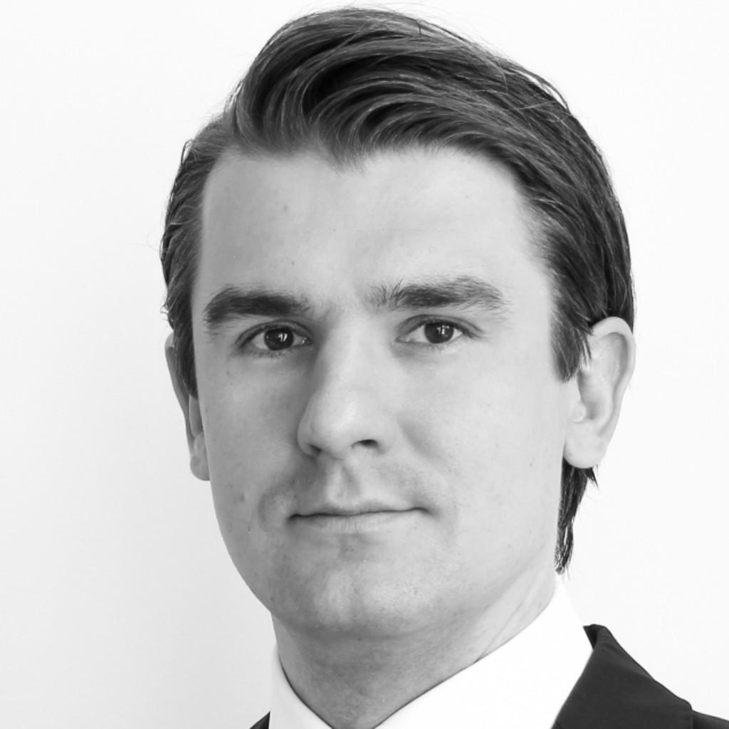 Matthias Gerlach dr mathias gerlach associate principal vertrieb marketing