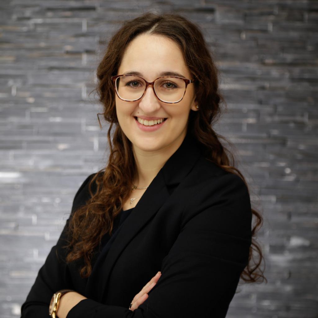 Rebecca louisa stahlhacke junior consultant kloepfel for Junior consultant