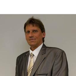Bernd Thomsen - IBM